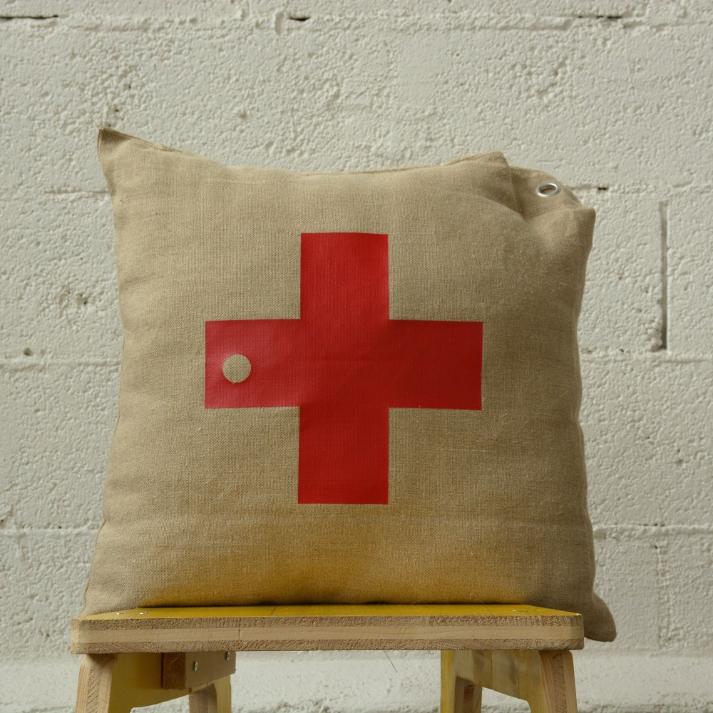 CROSS – PILLOW